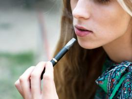 teen about to try an e-cigarette